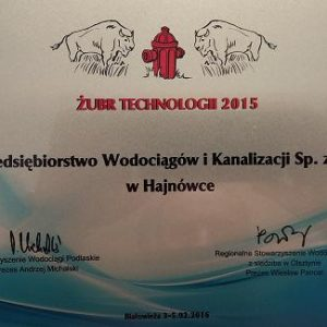 W dniach 3-5 lutego 2016r. w Białowieży pod patronatem naukowym Politechniki Białostockiej odbyła się XIV Regionalna Konferencja Wodociągowa. W trakcie konferencji zostały wręczone nagrody i wyróżnienia za działalność w branży wodociągowo-kanalizacyjnej ufundowane przez Stowarzyszenie Wodociągi Podlaskie oraz Regionalne Stowarzyszenie Wodociągowe z siedzibą w Olsztynie. Uznanie w oczach kapituły zyskały inwestycje przeprowadzone przez Przedsiębiorstwo Wodociągów i Kanalizacji w Hajnówce, które zostało uhonorowane statuetką ŻUBR TECHNOLOGII 2015.